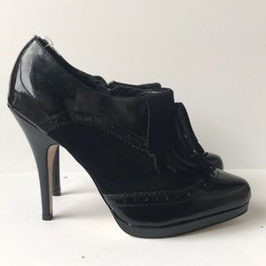WHBM 'Tyra' Patent Suede Leather Shootie 7M Black